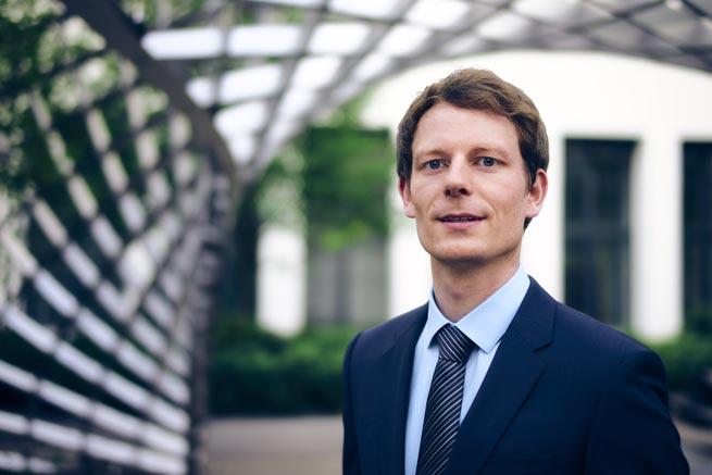 Dr. Peter Keil